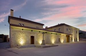 Valladolid 4*: 2 Noches + Spa + Cena + bodega