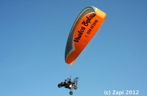 Vuelo en Parapente con Trike + Video